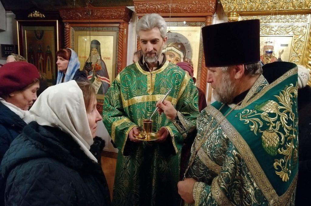 Праздничное богослужение и крестный ход в день памяти прп. Серафима